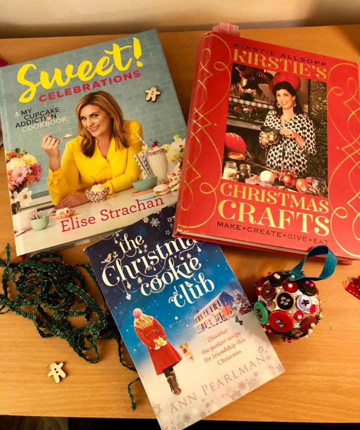 Blogmas Day 2: My Favourite Christmas Books for Inspiration